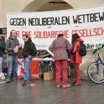 Demostand am Grazer Hauptplatz anlässlich des Tages des Prekariats am 29.2.